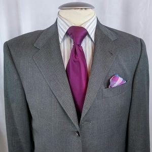 Hart Schaffner Marx Studio Col Suit 40R Gray Strip